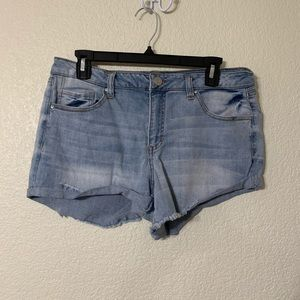 🔴 3 for $15 🔴 denim shorts